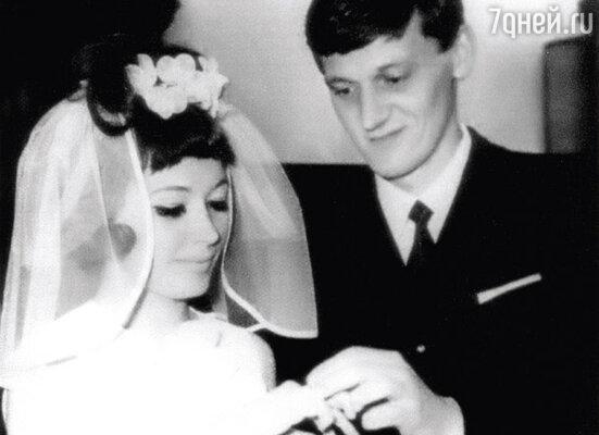 «Я просто увидела его, победила, влюбилась и вышла замуж».