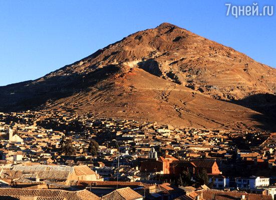 Потоси — самый высокий город мира. Он расположен в горах на высоте более четырех тысяч метров над уровнем моря