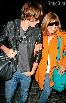 Мама возила юного Зака на все кастинги ипрослушивания вГолливуд. Лос-Анджелес, 2009 г.