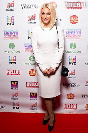 Лера Кудрявцева на гала-ужине посвященном церемонии «Премия МУЗ-ТВ 2014. Эволюция»