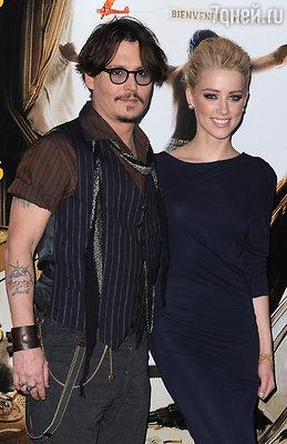 Джонни Депп и Эмбер Херд на премьере фильма «Ромовый дневник», 2011 год