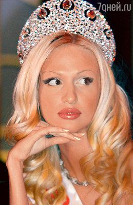 Виктория Лопырева на конкурсе «Мисс Россия», 2003 год
