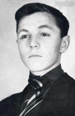 Миша Ульянов. 1944 г.