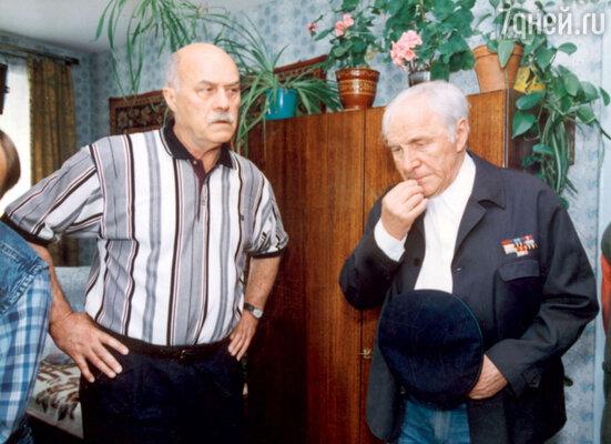 С режиссером Станиславом Говорухиным во время съемок картины «Ворошиловский стрелок». 1999 г.