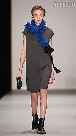 Модель показа Юлии Николаевой в рамках Mercedes-Benz Fashion Week