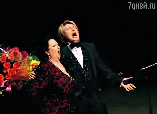 Николай Басков и Монтсеррат Кабалье на сольном концерте Николая в легендарном «Линкольн-центре» в Нью-Йорке. 14 февраля 2009 г.