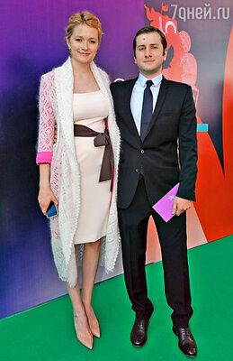 Актриса Надежда Михалкова с мужем режиссером Резо Гигинеишвили