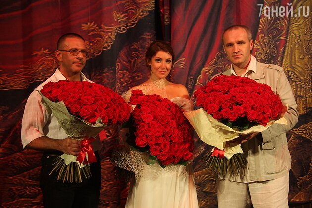 Анастасия Макеева с «женихами»
