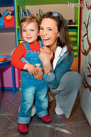 Марина Могилевская с дочерью