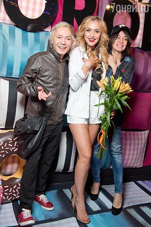 Олег Яковлев с супругой Марией, Анна Городжая