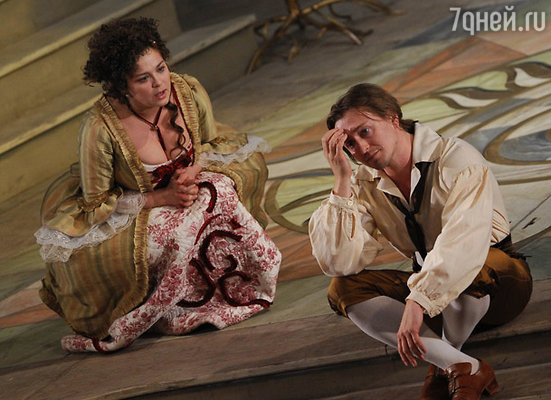 Пьеса Бомарше «Безумный день, или Женитьба Фигаро» в «Табакерке» (на большой сцене МХТ)