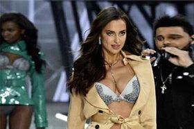 Образ дня: Ирина Шейк в Victoria's Secret