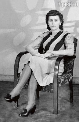 «Моя мама, Таисия Георгиевна Малыхина, преподавала историю винституте, и зарплата унее была даже выше, чемунекоторых режиссеров на «Мосфильме»