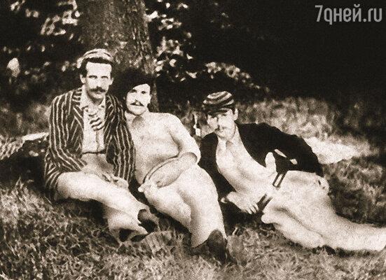 Лучшие друзья Джерома (в центре) Джордж Уингрэйв и Карл Хеншель (справа) — с них он написал Джорджа и Гарриса