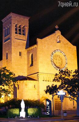 Церковь, где венчались молодожены