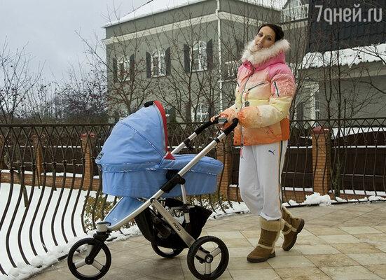 Увы, мне нечем было утешить Алику Смехову, когда она спрашивала, вернется ли к ней отец ее сына