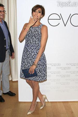 Ева Мендес на открытие магазина NY&C