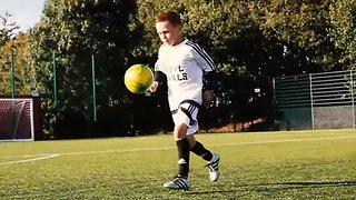 Пацанчик — будущая звезда футбола