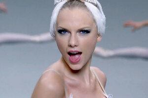 Тейлор Свифт сняла клип на песню «Shake It Off»