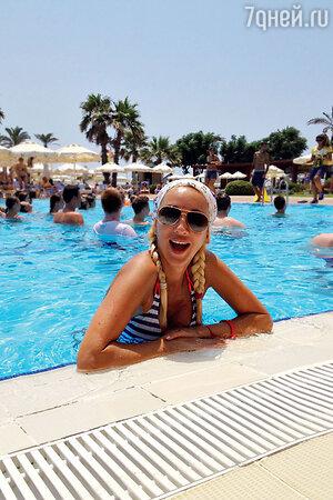 Лера Кудрявцева в Турции, 2012 год