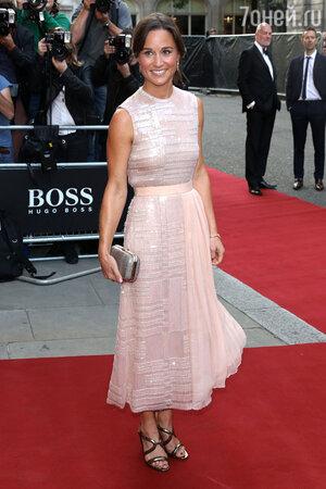 Пиппа Миддлтон в платье от Boss на премии GQ Men of the Year Awards