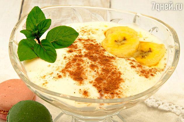 Десерт из банана с корицей