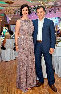С мужем, сербским бизнесменом Душко Перовичем, на юбилее Арины Шараповой