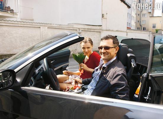 Егор Бероев с женой Ксенией Алферовой в отличие от всей группы путешествовали по Германии на взятом напрокат авто