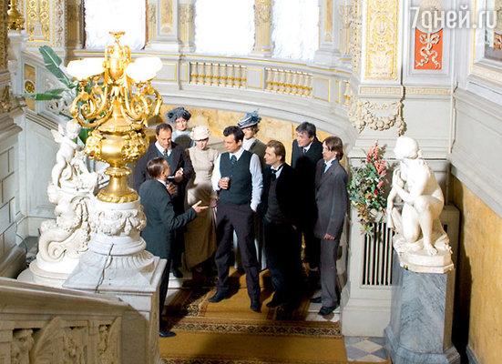 В интерьерах Дома ученых на Дворцовой набережной снимали встречу поэтов в Одесском театре