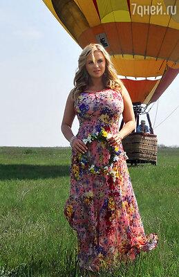 Певица впервые совершила полет навоздушном шаре