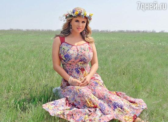 Платье в стиле 60-х, взамен испорченного, нашли буквально за день до вылета в Одессу