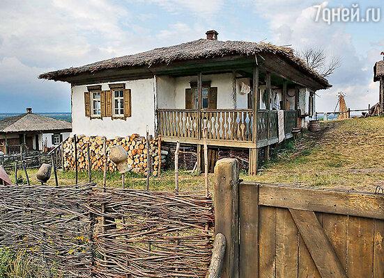 В окрестностях станицы Вешенская возвели с нуля казачье поселение