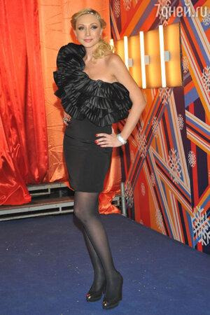 Кристина Орбакайте на концерте «Песня года» 2010 год