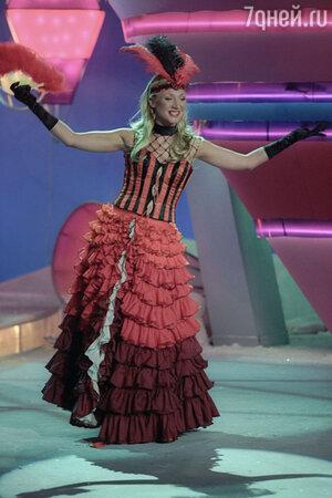Кристина Орбакайте на съемках программы «Голубой огонек» 2003 год