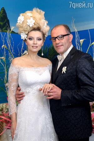Лена Ленина и бизнесмен Паскаль