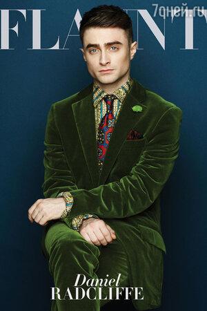 Дэниел Рэдклифф (Daniel Radcliffe) украсил обложку ноябрьского номера американского журнала Flaunt Magazine