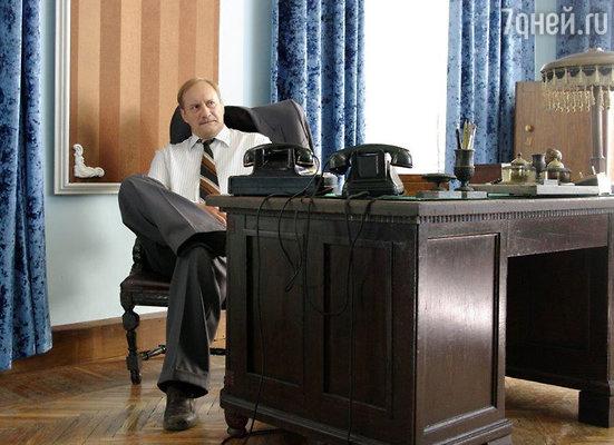 Евгений Сидихин на съемках сериала «Черные кошки»