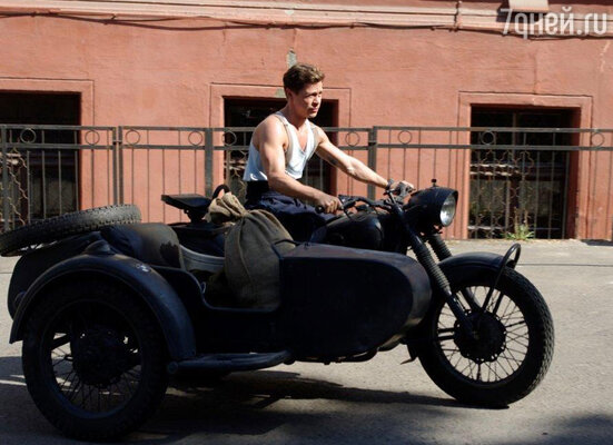 Во время съемок «Черных кошек» Павел легко управлялся с трюковым транспортом