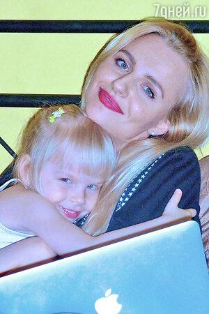 Ирина Качко с дочерью