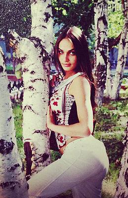 Эту фотографию Алены Водонаевой опубликовала в своем микроблоге ее мама. Здесь Алене 20 лет