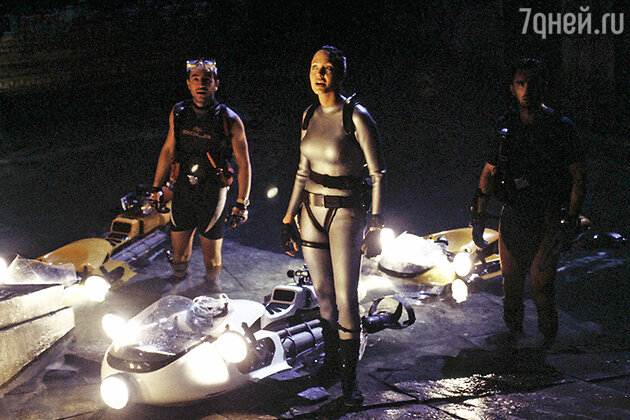 Кадр из фильма «Лара Крофт — расхитительница гробниц»
