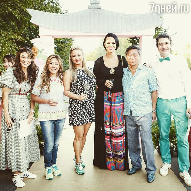 Марина Ким, Анита Цой, Анна Семенович, Слава, Сергей Цой и Дмитрий Оленин