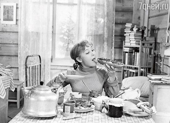 В фильме «Девчата». 1961 г.