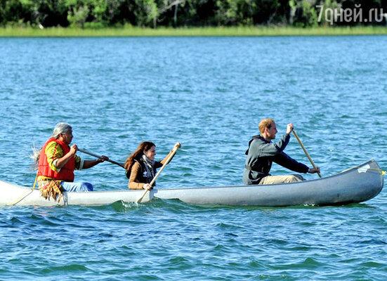 Прогулка на каноэ по озеру Блэчфорд
