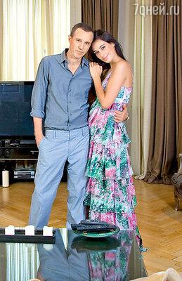 Даша: «Мне показалось, что Игорь хочет вернуть свою прошлую жизнь, где у него была семья — дом, жена, ребенок... Чувствовала, что он живет воспоминаниями...»