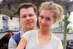 ВИДЕО: подросшая дочка Асмус и Харламова умилила поклонников