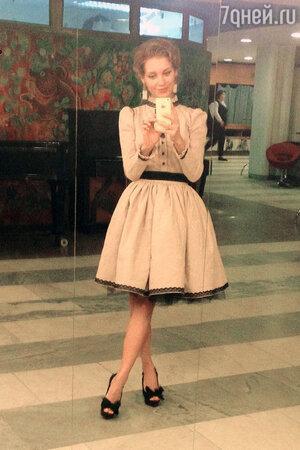 Кристина Асмус в платье от Bella Potemkina