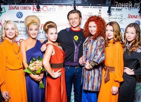 Певец Прохор Шаляпин с моделями