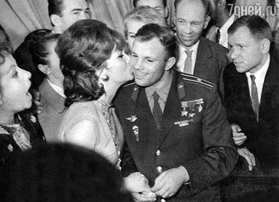 «Фотографы ТАСС: хроника оттепели. 1955-1963 гг.»