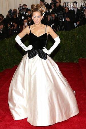 Сара Джессика Паркер в наряде от Oscar de la Renta